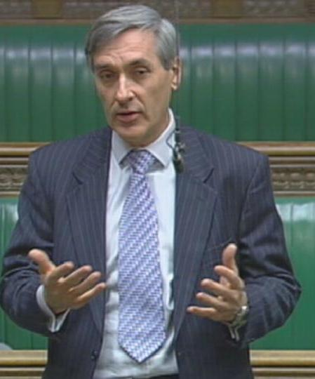 This image has an empty alt attribute; its file name is 21916_-_2_john_redwood_mp.jpg